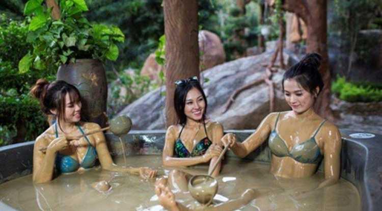 Vé bùn khoáng nóng I-Resort (Bồn từ 3-5 khách)