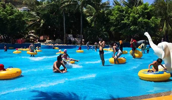 Water World - Thiên đường vui chơi dưới nước