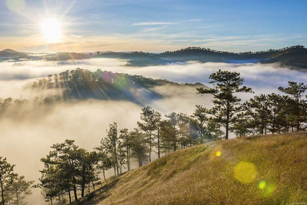 Săn mây tại thung lũng tình yêu